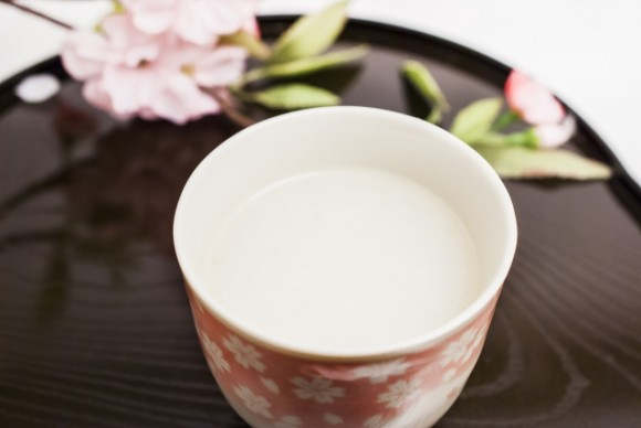 甘酒豆乳の作り方は?飲むタイミングや量、効果は?アレンジレシピも紹介!