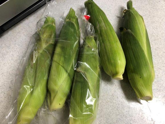 【大量購入したら】トウモロコシの超簡単な茹で方と冷凍保存&解凍方法